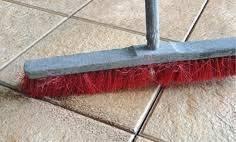 Enlever du ciment sur du carrelage tout pratique for Nettoyer joints carrelage sol encrasses