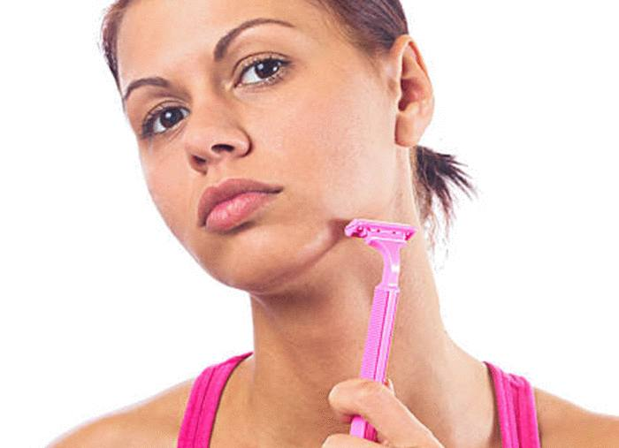 avec quoi enlever les poils du visage