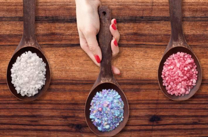 faire des sels de bain colorés